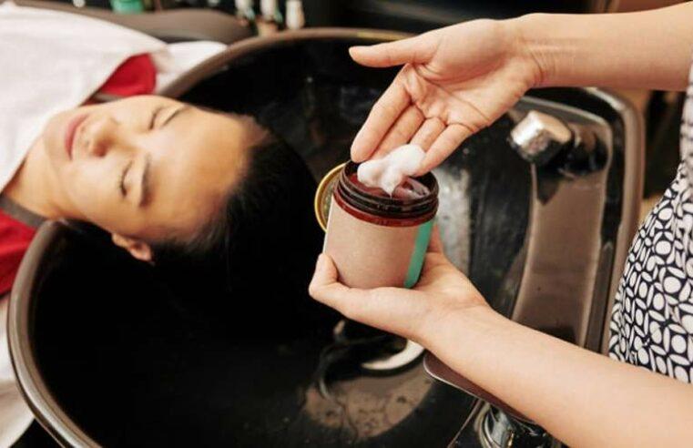 Hidratação com maizena para cabelos cacheados