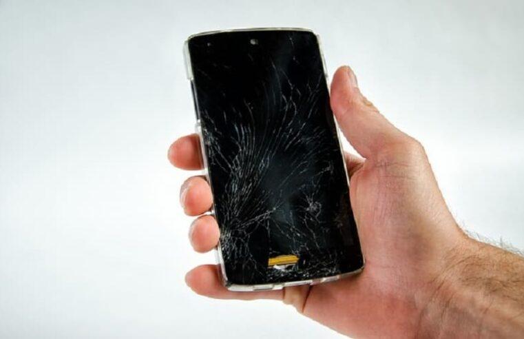 Quando queima a placa do celular perde todos os arquivos?