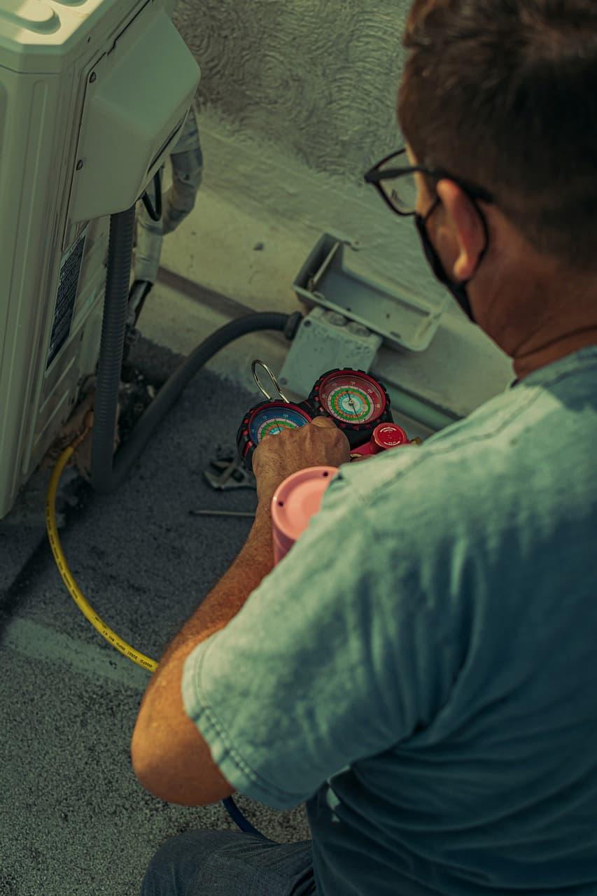 Sua empresa precisa de manutenção de ar condicionado: entenda o motivo!