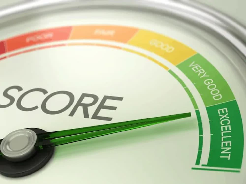 Como melhorar o score do seu cartão de crédito